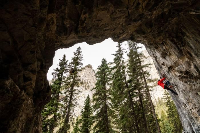 dry-tool-climb-banff