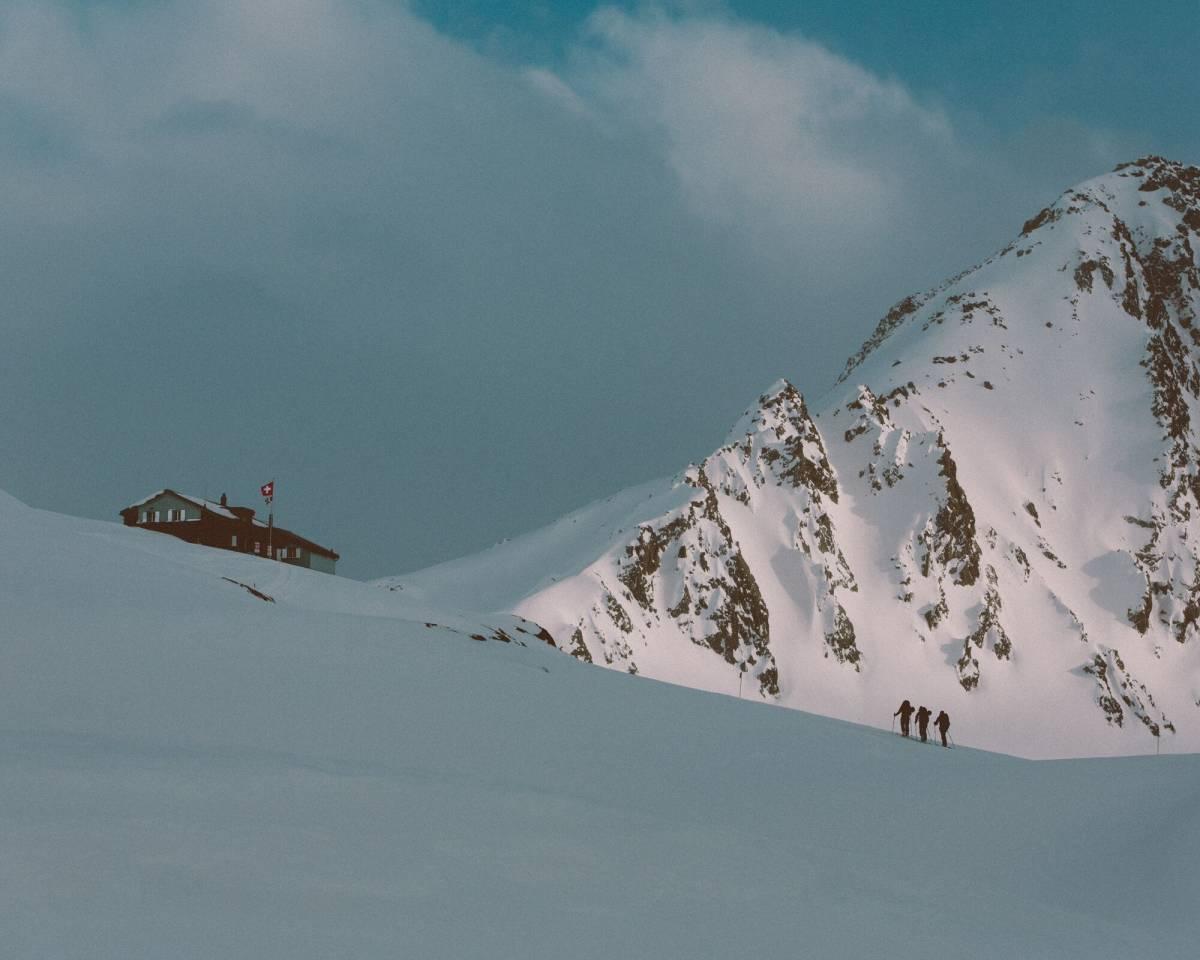 faction-ski