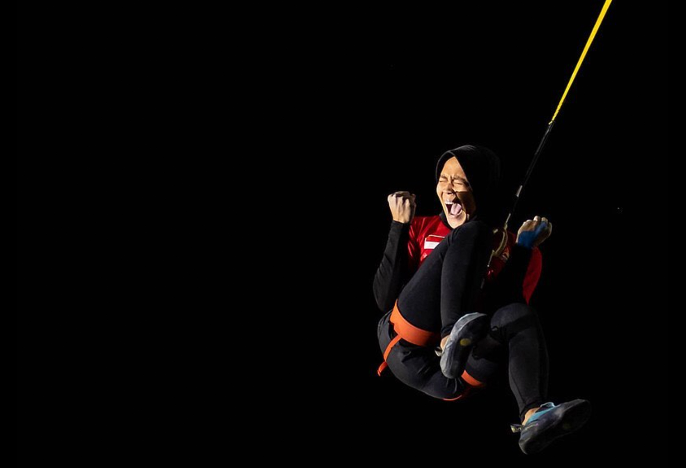 Aries Rahayu breaks world climbing speed record