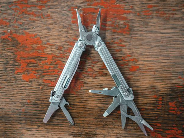 How to Gift the Perfect Leatherman
