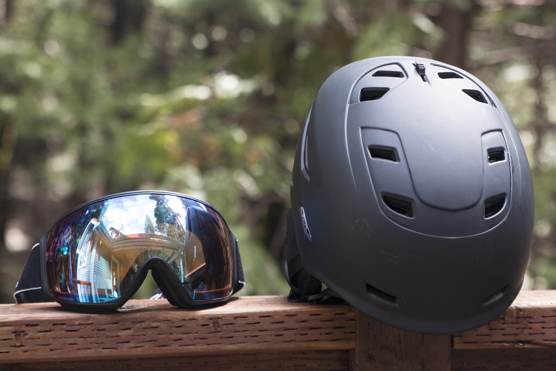 Anon Echo helmet M4 goggle