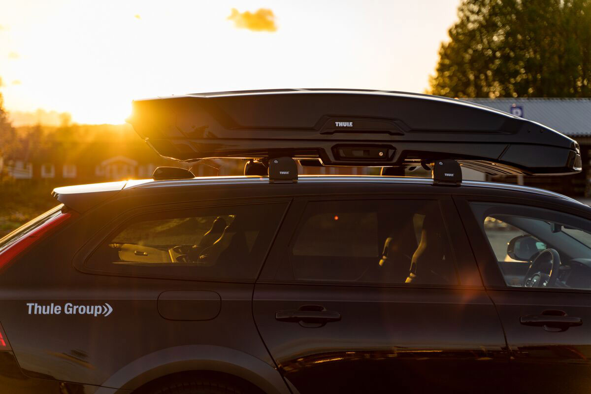 Thule Launches Luxury Cargo Carrier Vector Roof Box Review Gearjunkie