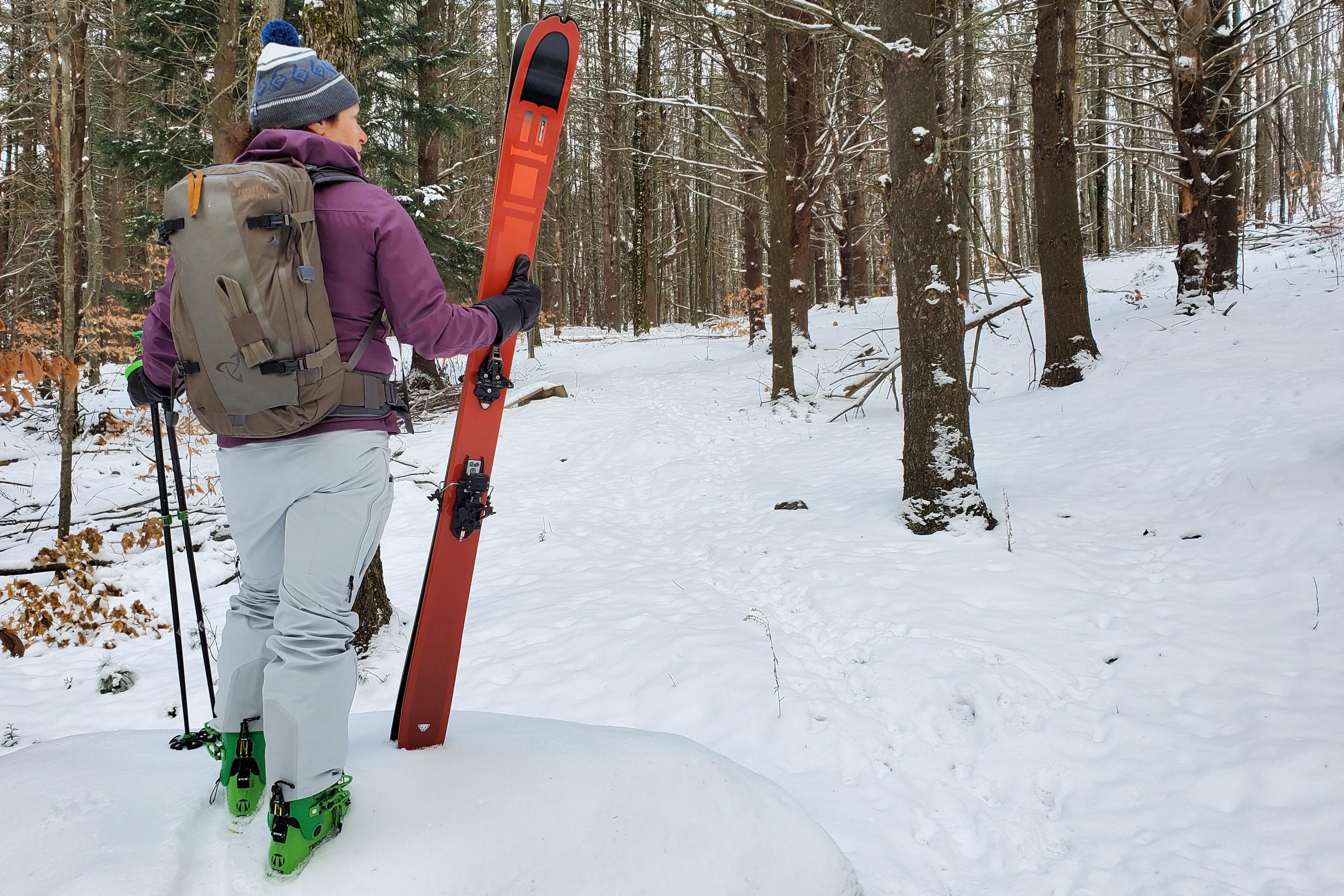 Mystery Ranch Saddle Peak ski pack