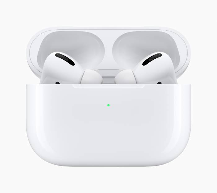 Apple AirPods Pro earbuds