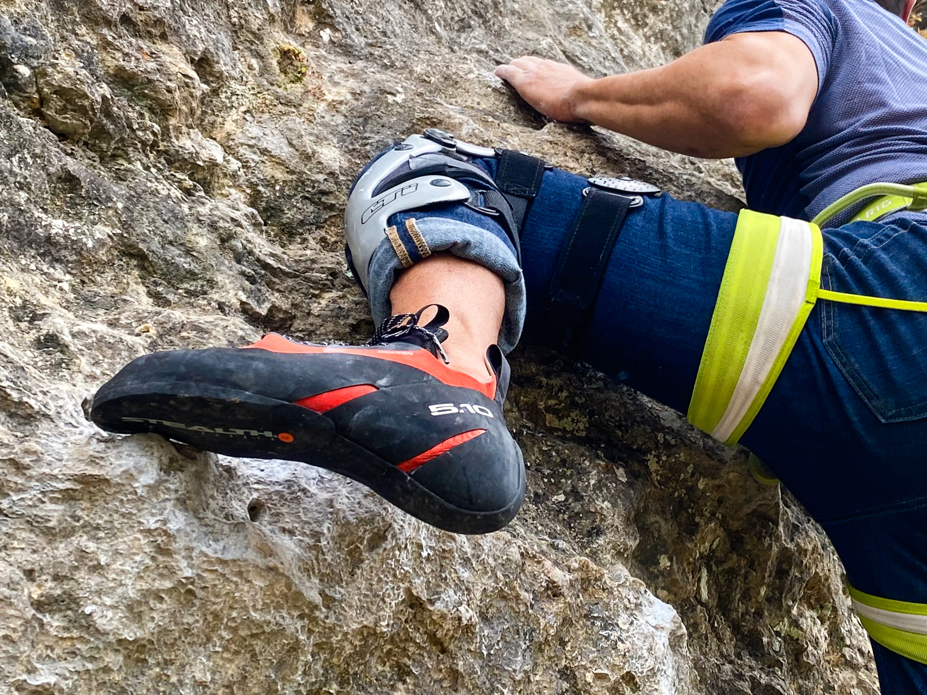 Five Ten Dragon Lace climbing shoe