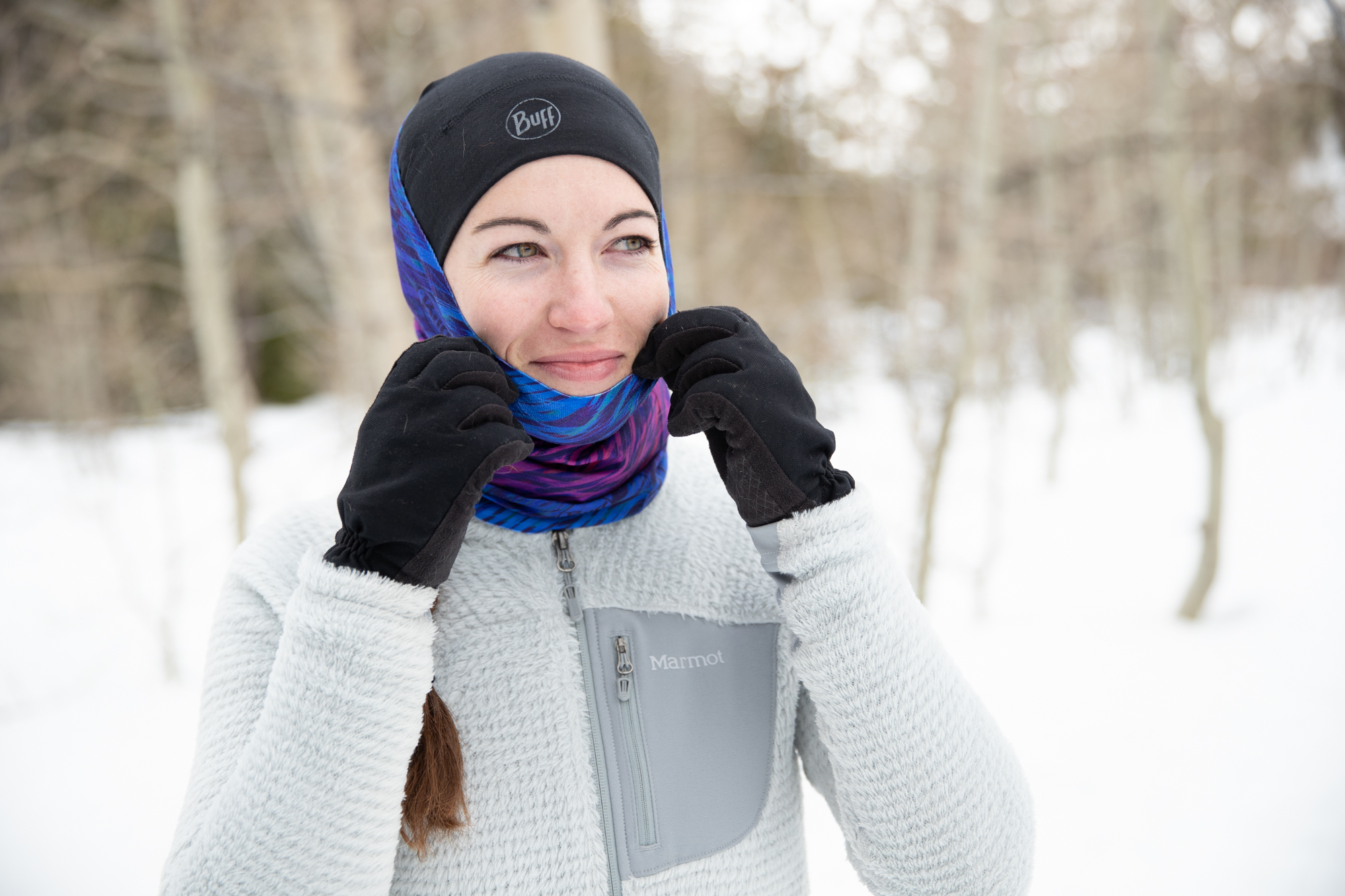 Hiking while using BUFF ThermoNet in Winter