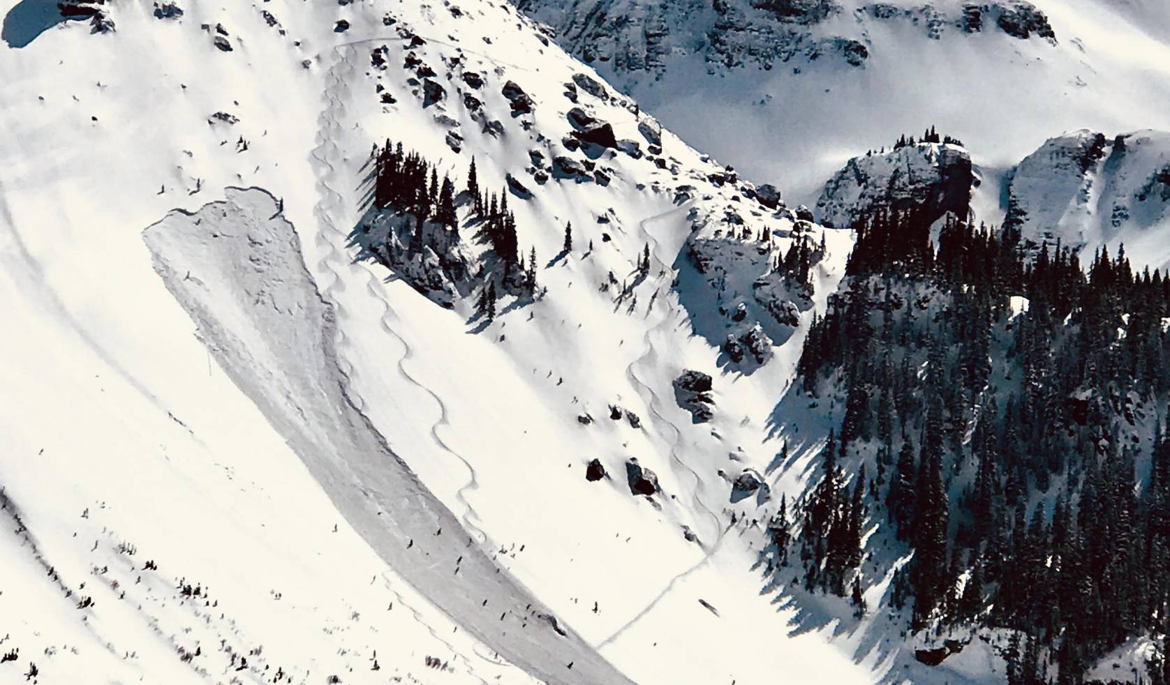 s-lines created by skiers with avalanche path
