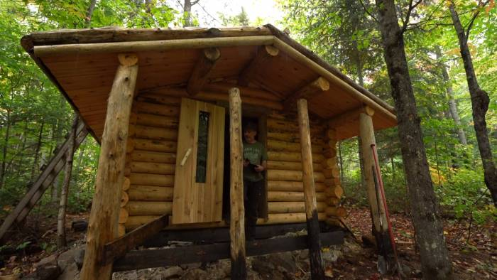 Off-Grid Life for One Year: Mesmerizing Video