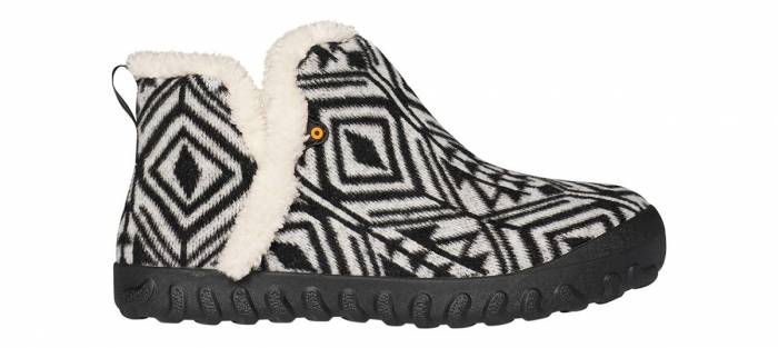 Moore Moc slippers