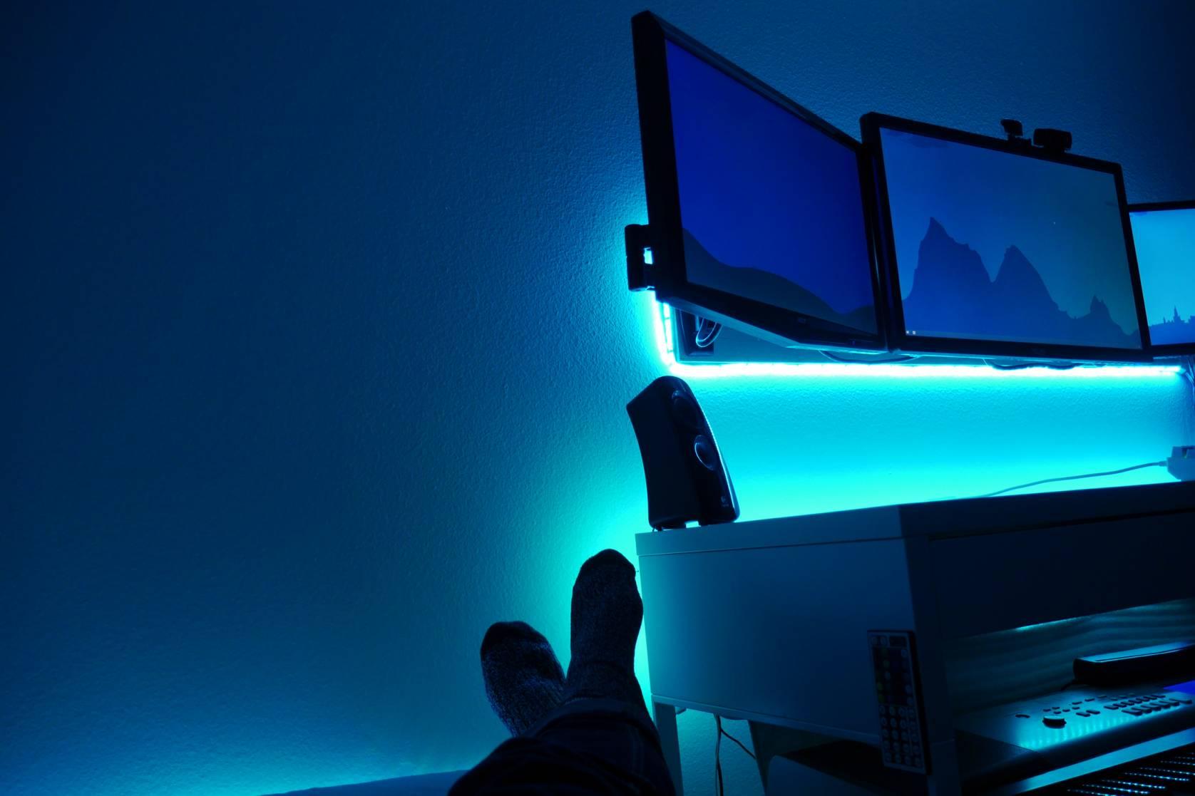 TV computer glow
