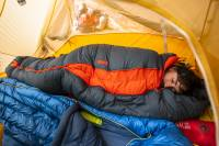 This Expandable Sleeping Bag Gives Adventurers a Custom Fit