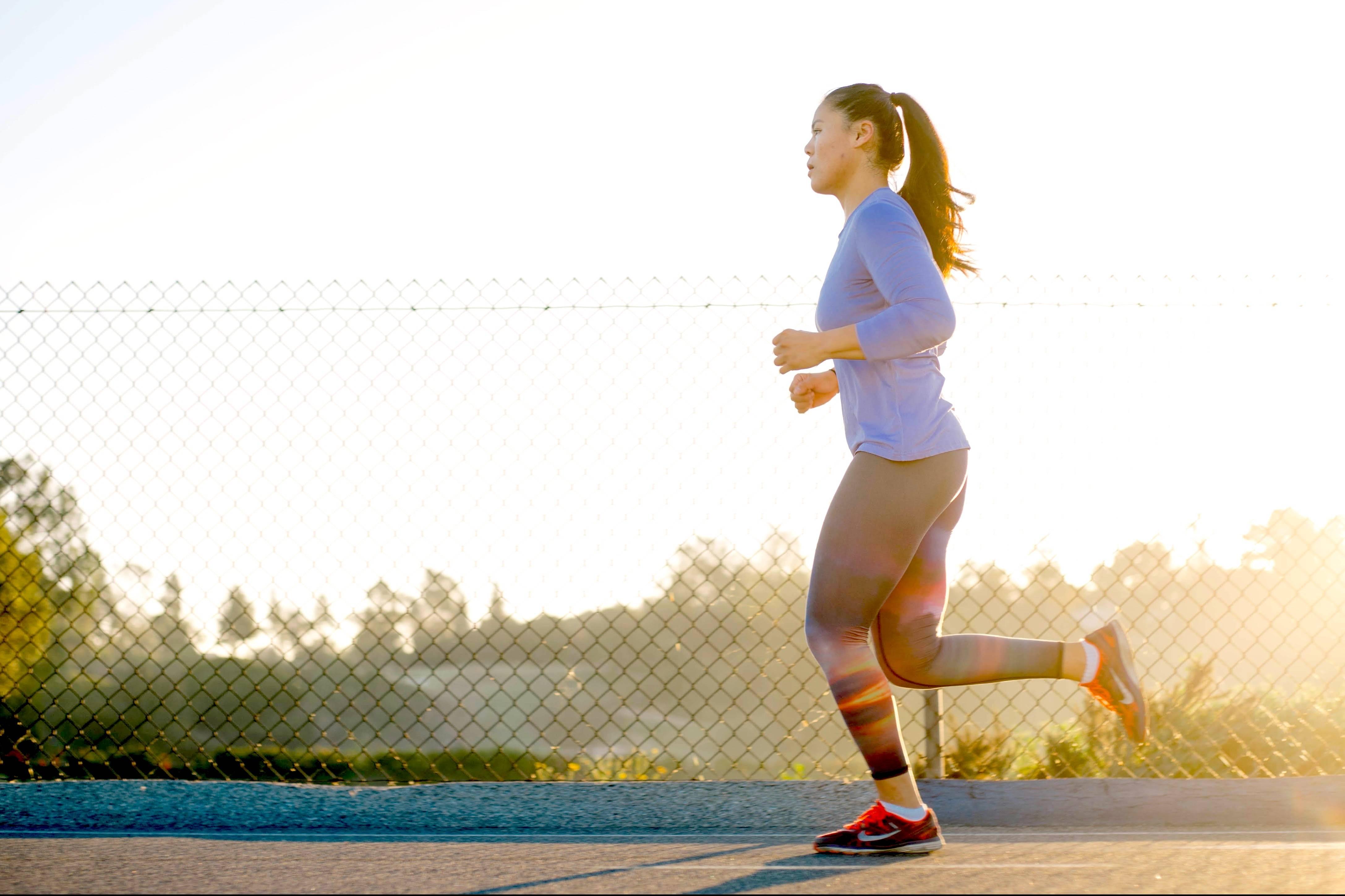 running shoes for runner's knee