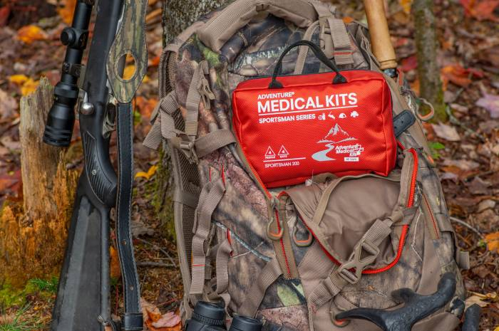 Adventure Medical Kits Athlete 200 & Trauma Pak