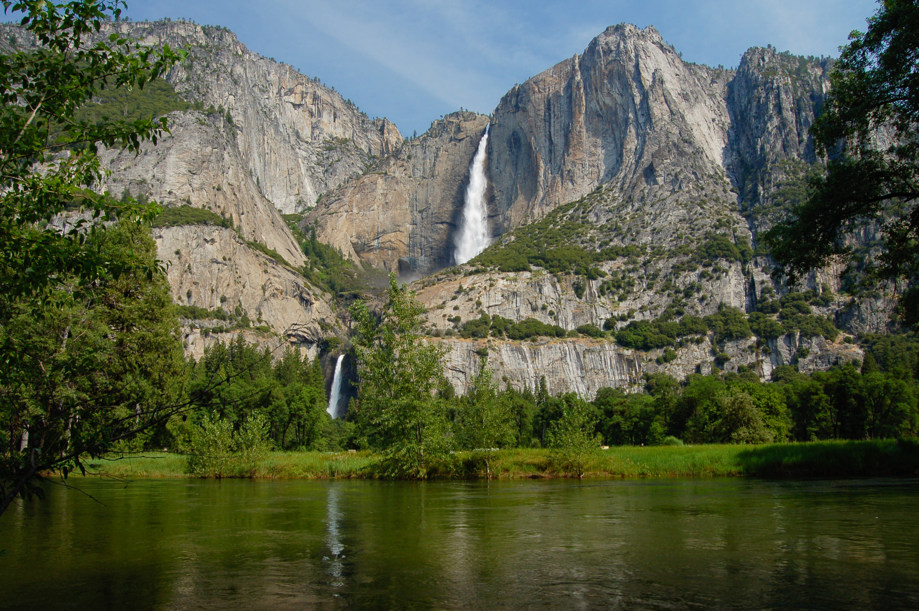 Upper and Lower Yosemite Falls Yosemite Best HIkes
