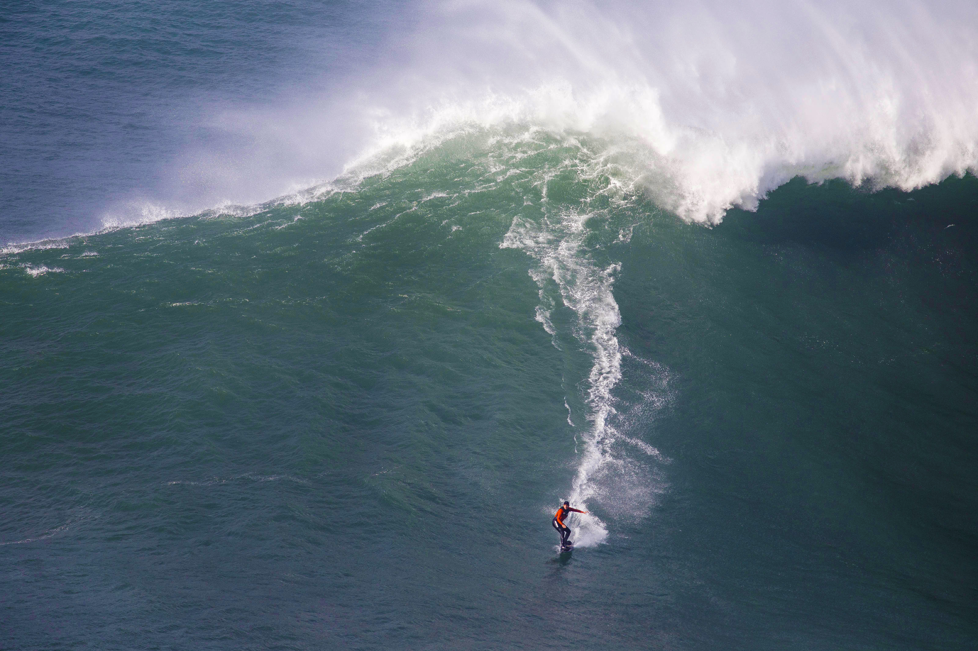 Maya Gabeira surfing
