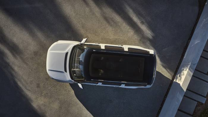 Grand Wagoneer Concept glass roof