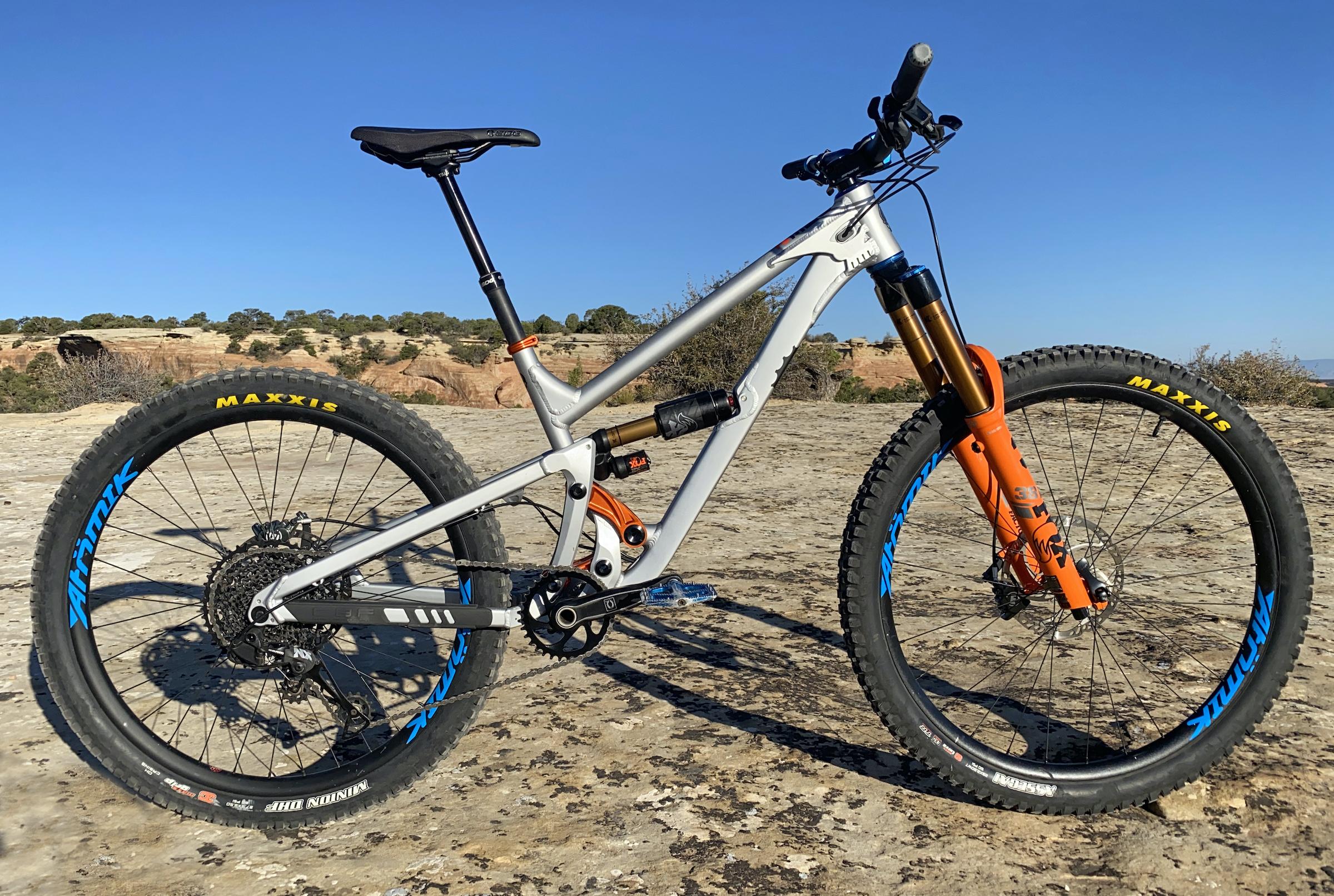 ONE.2 bike