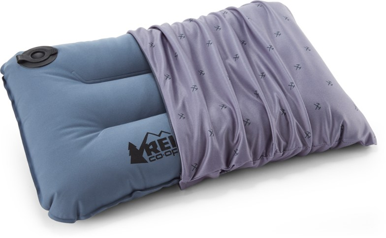 rei camp dreamer pillow