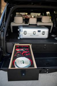 Lexus J201 concept Goose Gear drawer