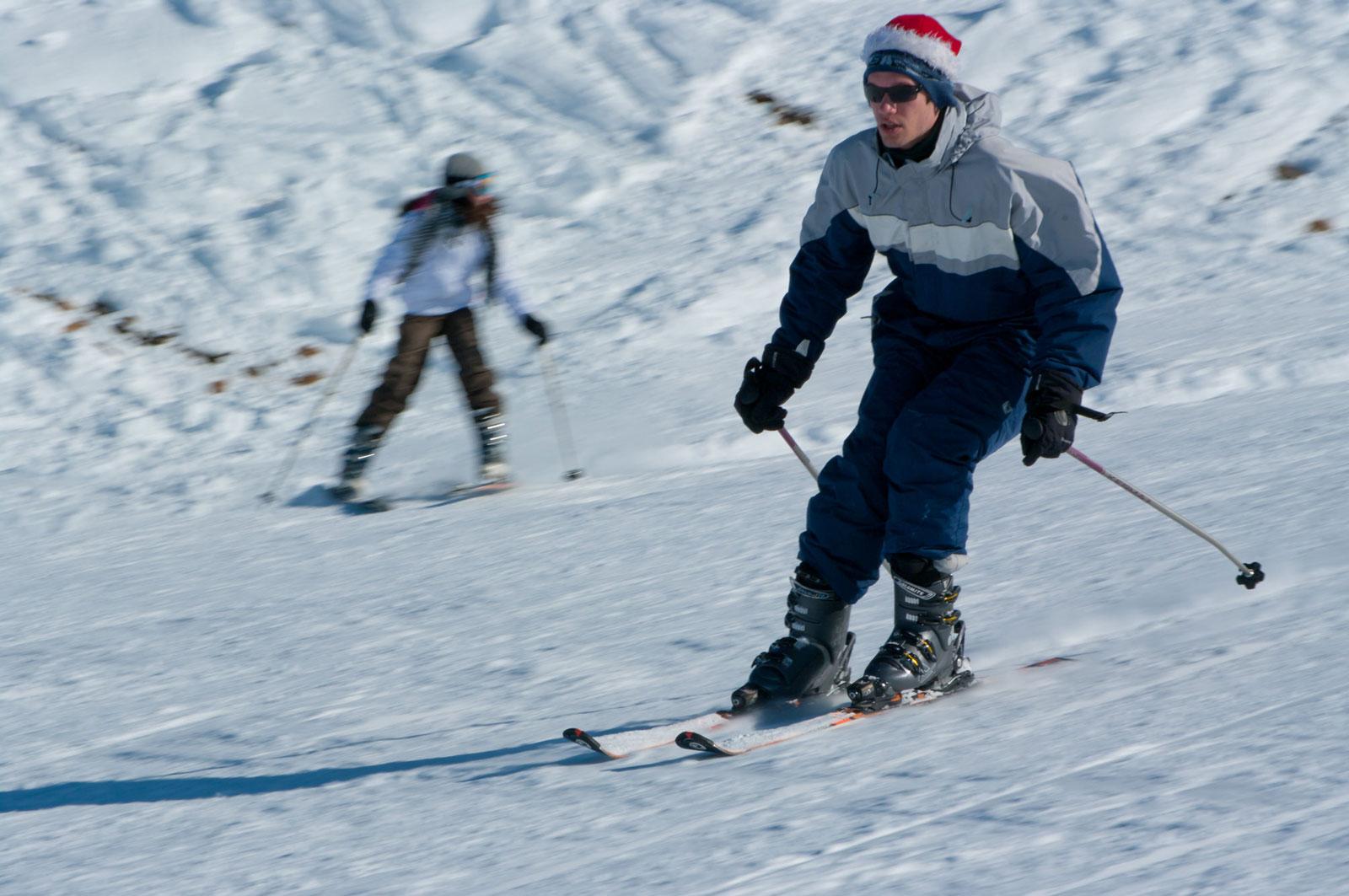 ski gliding