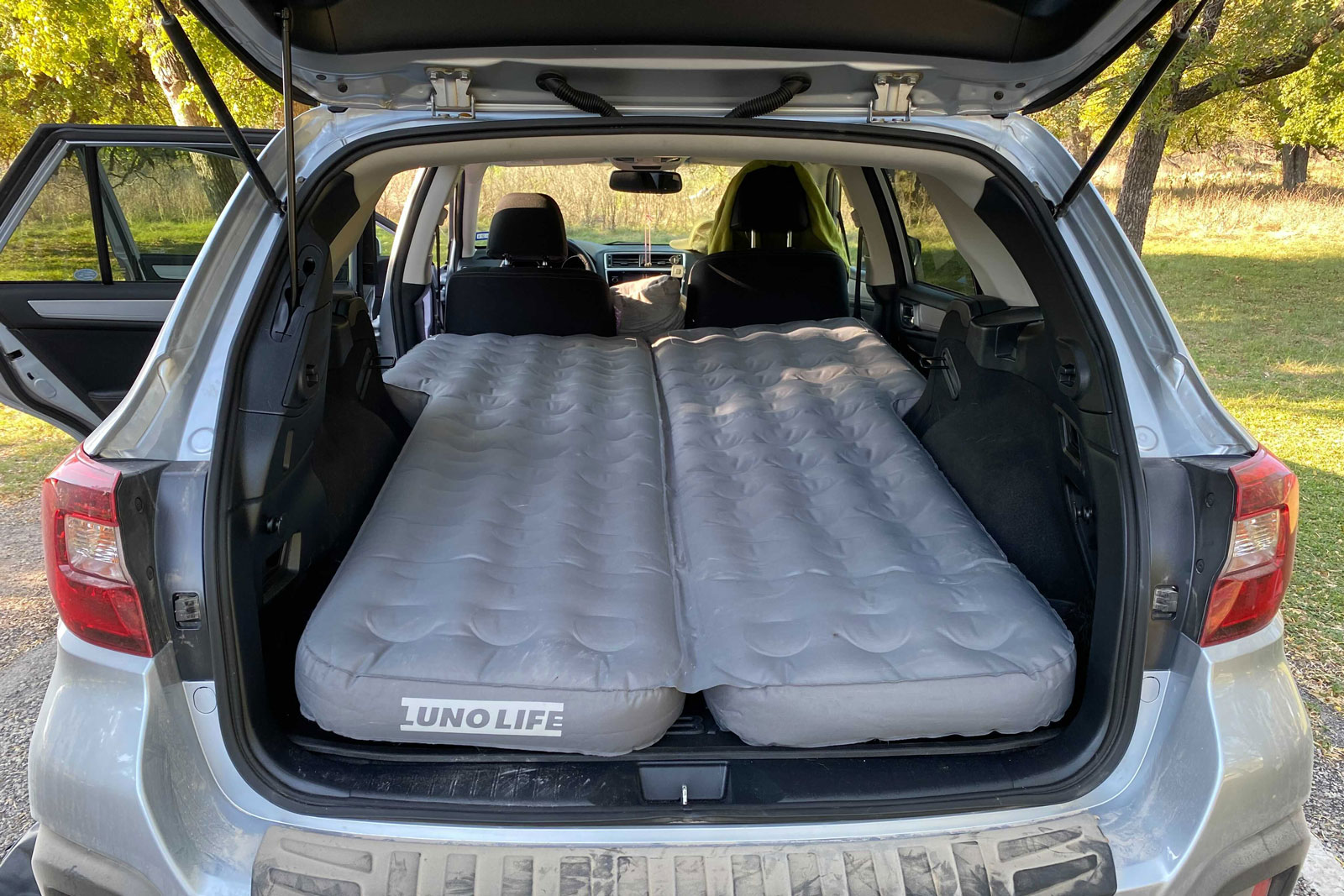 Subaru with Luno Air mattress 2.0