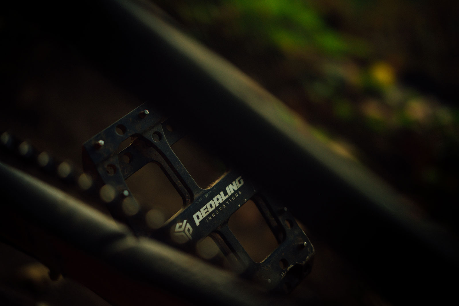 flat pedal pins