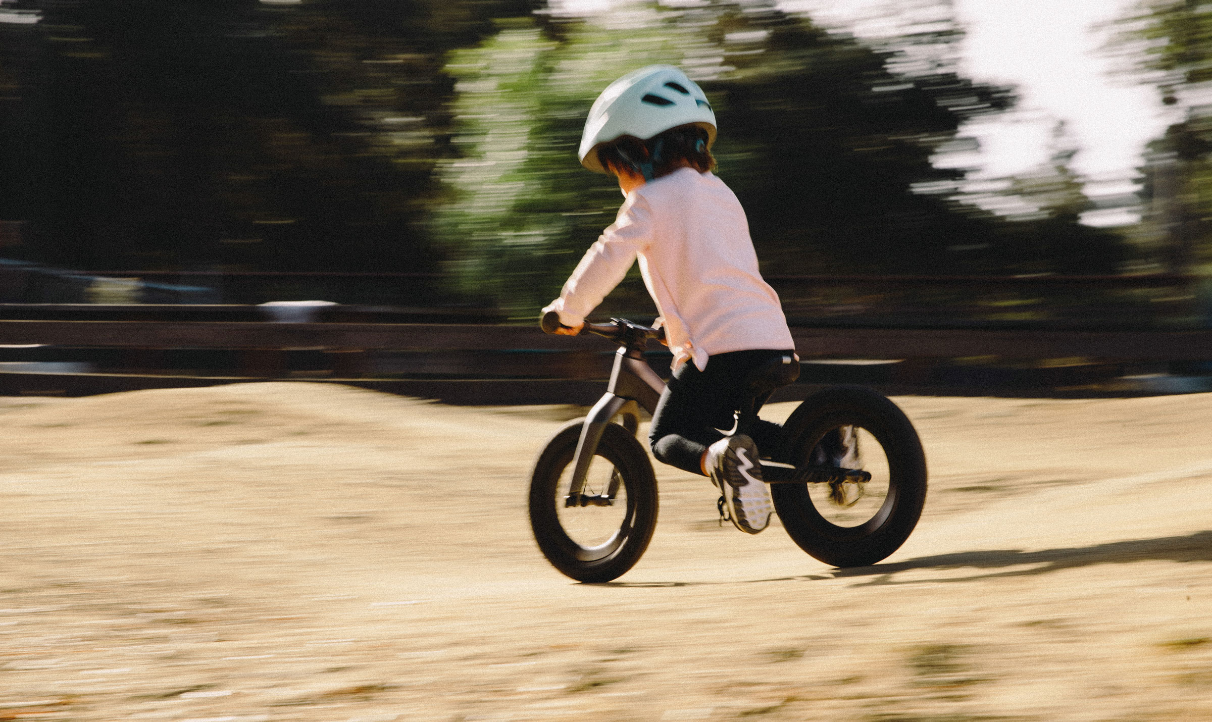 Hotwalk carbon riding