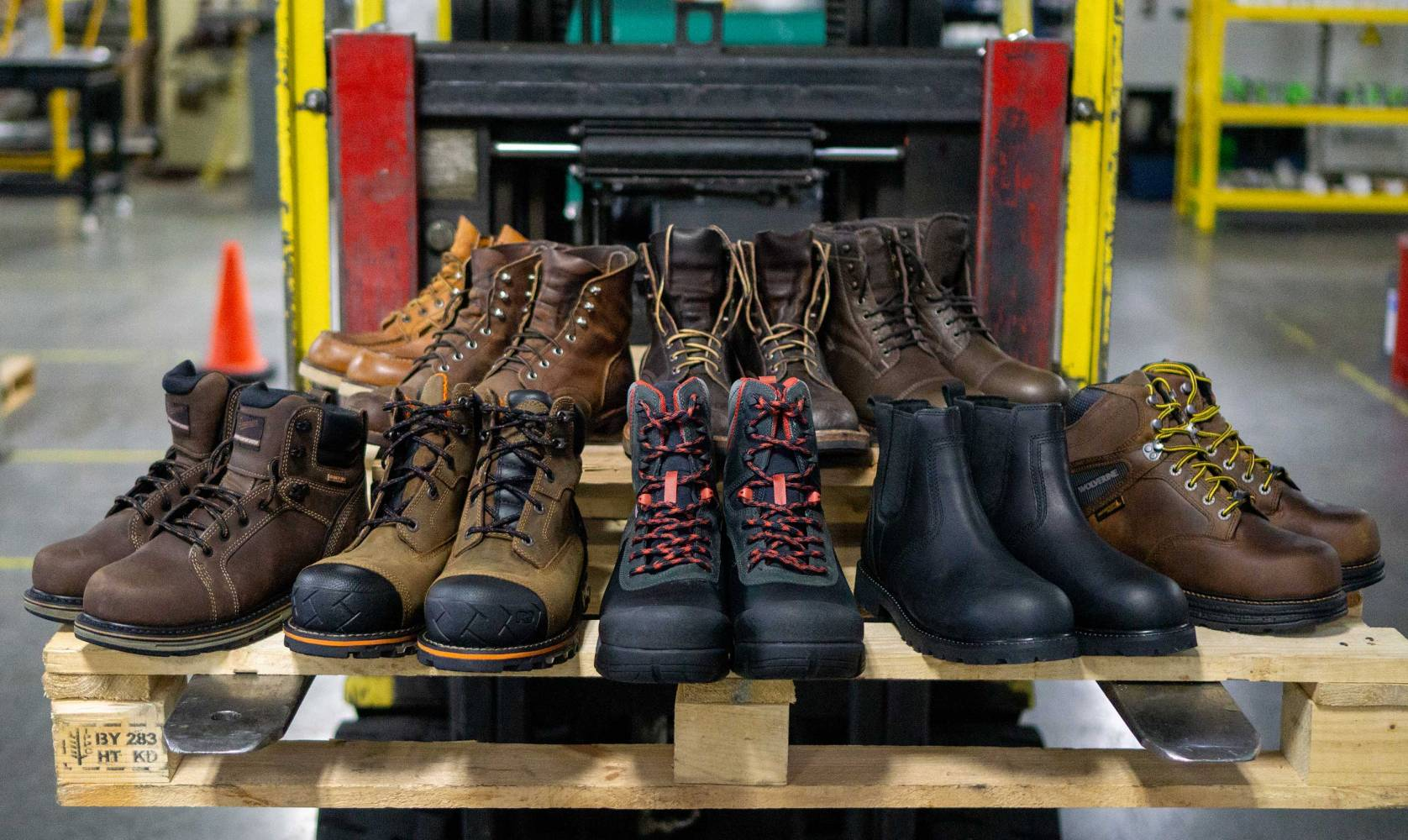 Best Work Boots Review & Guide