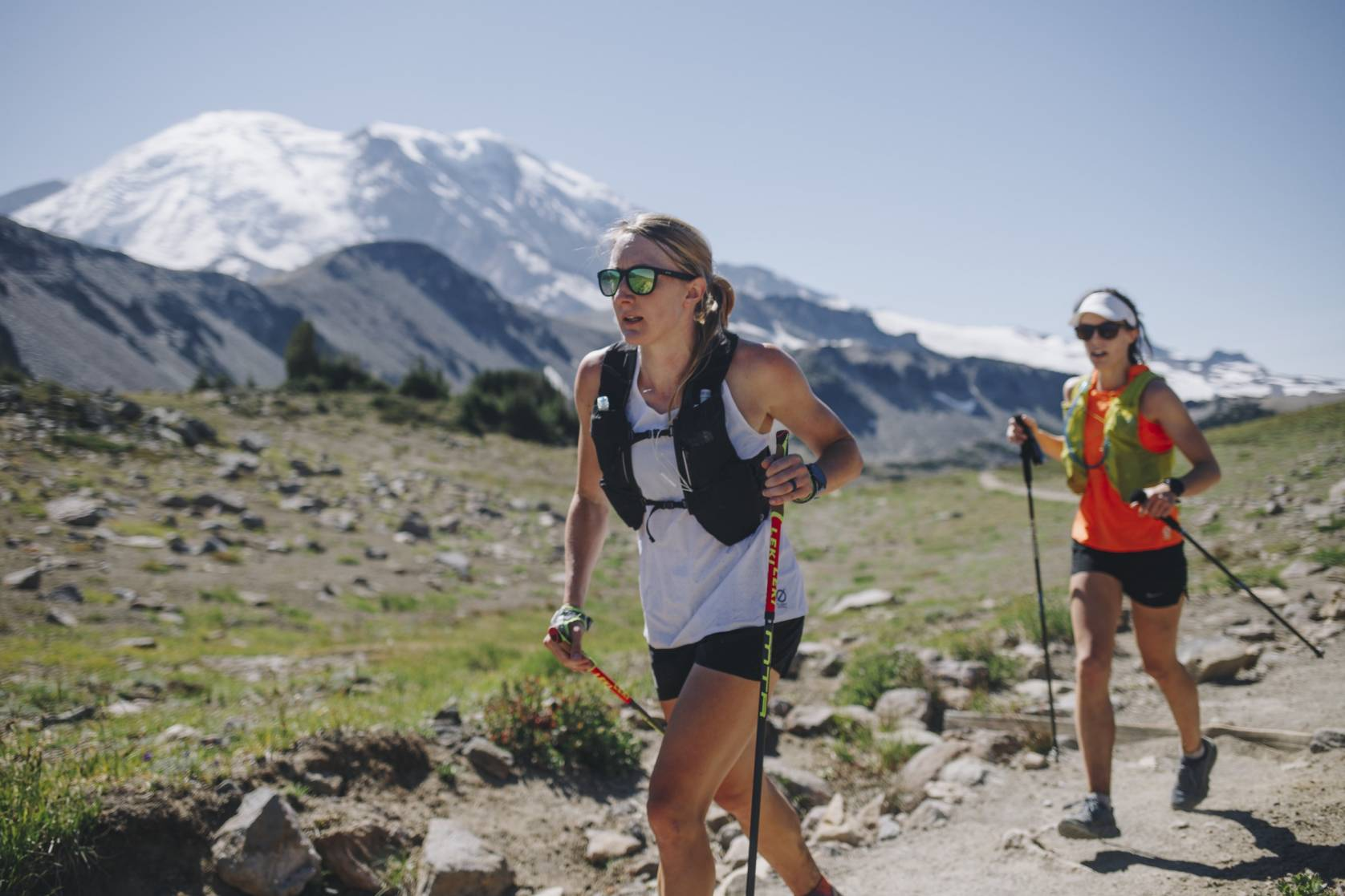 Kaytlyn Gerbin followed by another runner as she aims for FKT on the Wonderland Trail