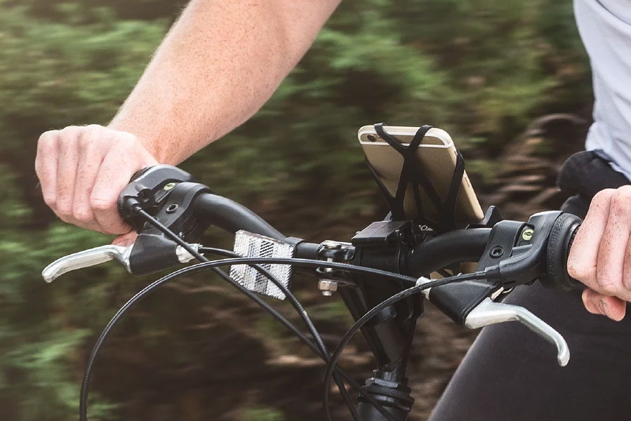 roam bike phone mount