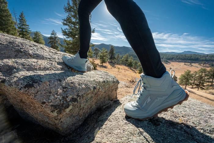 Altra Lone Peak 5 hikers W