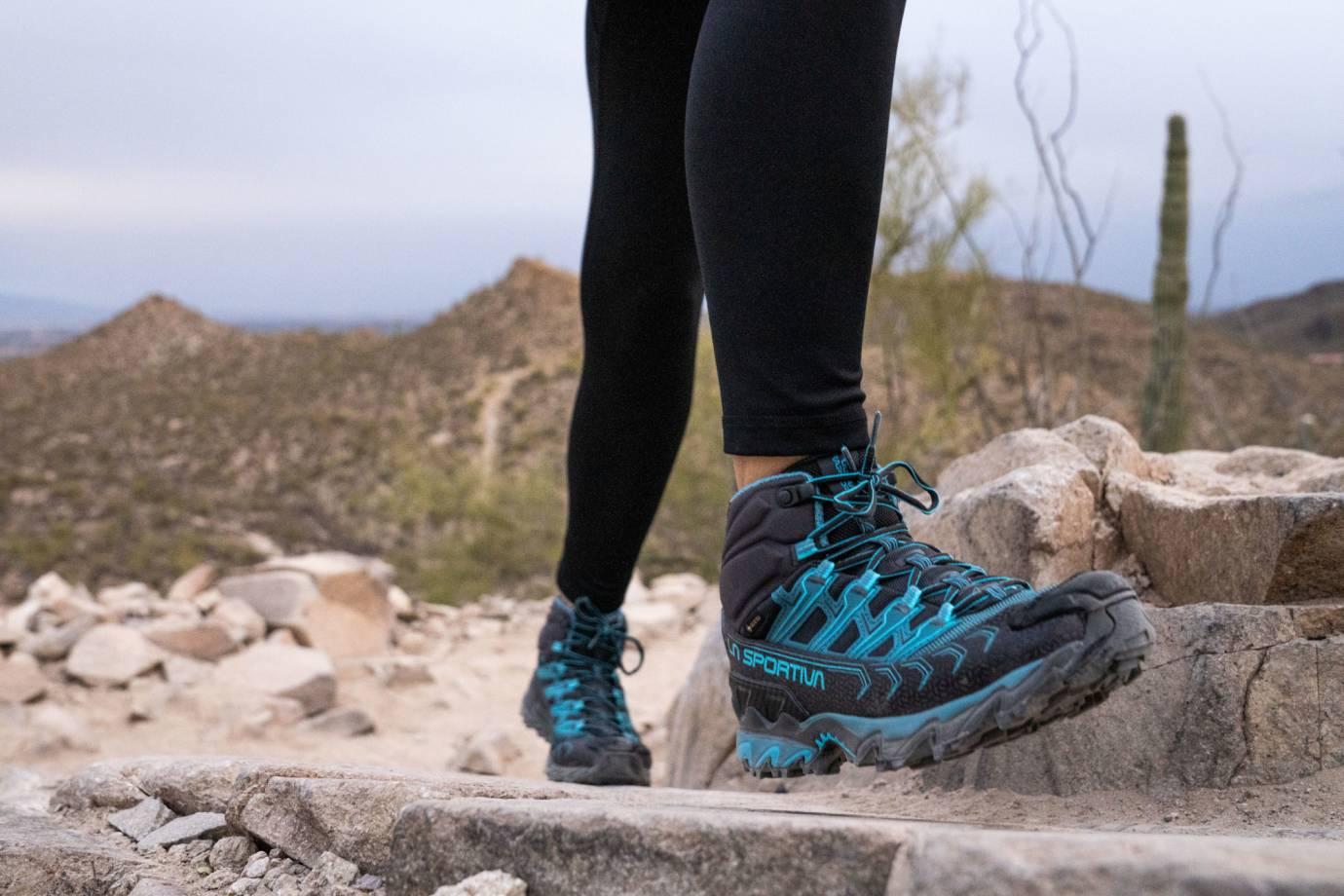 La Sportiva Ultra Raptor II Mid GTX Hiking Boots W Tucson