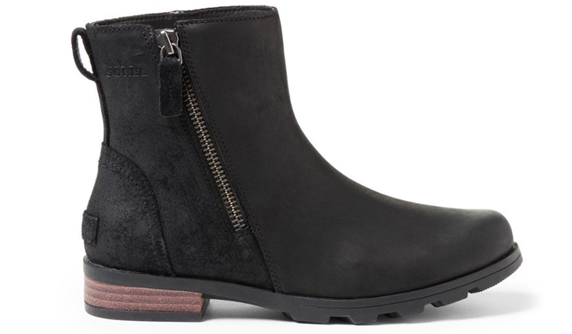 sorel emelie boots
