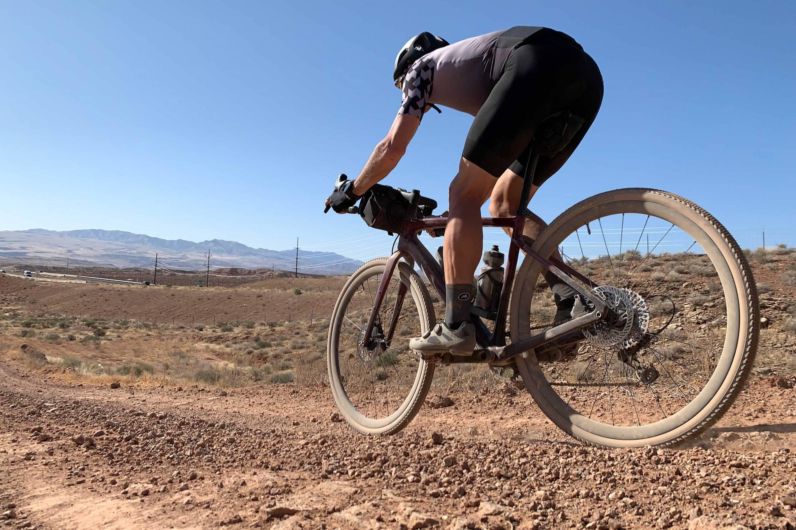 GearJunkie_Best_Gravel_Bike_2021_Specialized_Diverge_Pro_Carbon_ride_2283