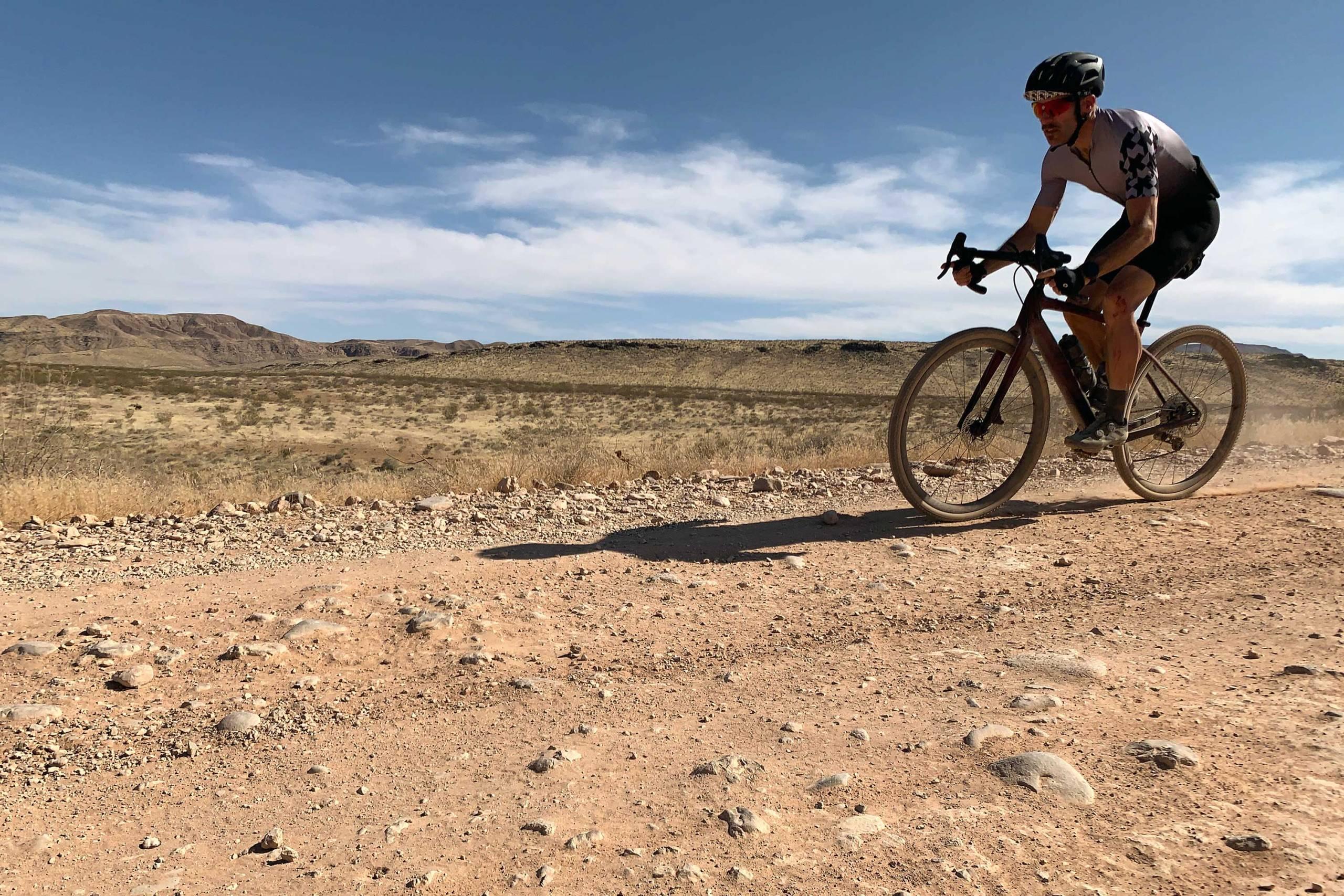 GearJunkie_Best_Gravel_Bike_2021_Specialized_Diverge_Pro_Carbon_ride_3_2283