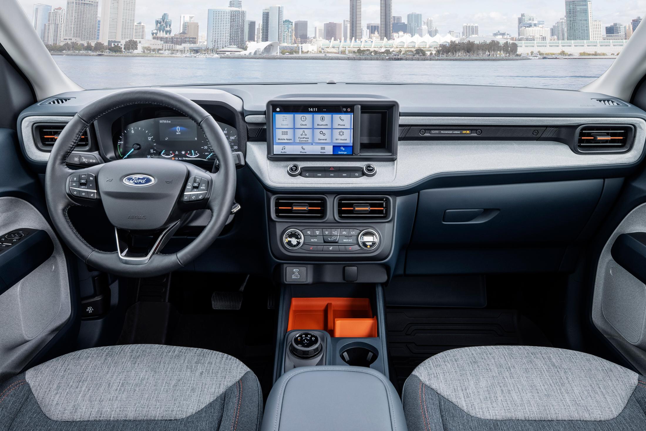 Ford Maverick hybrid pickup truck