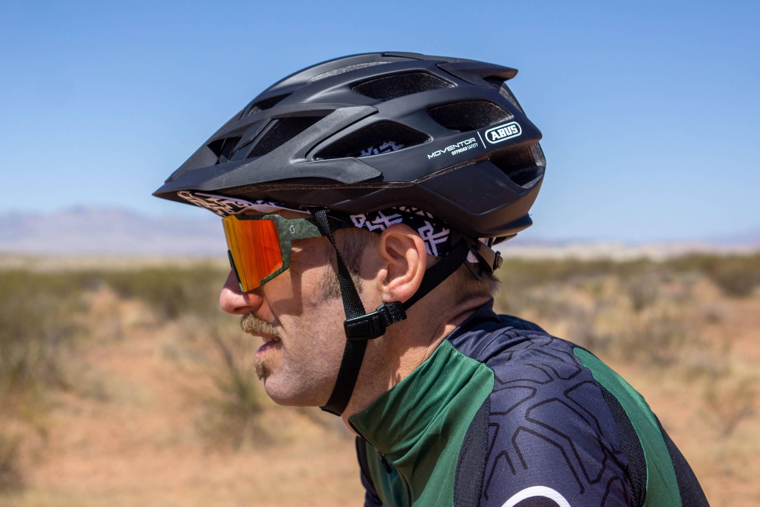 ABUS Moventor helmet