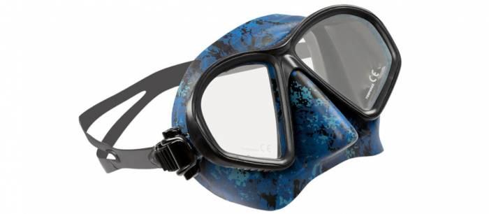 Oceanic predator mask