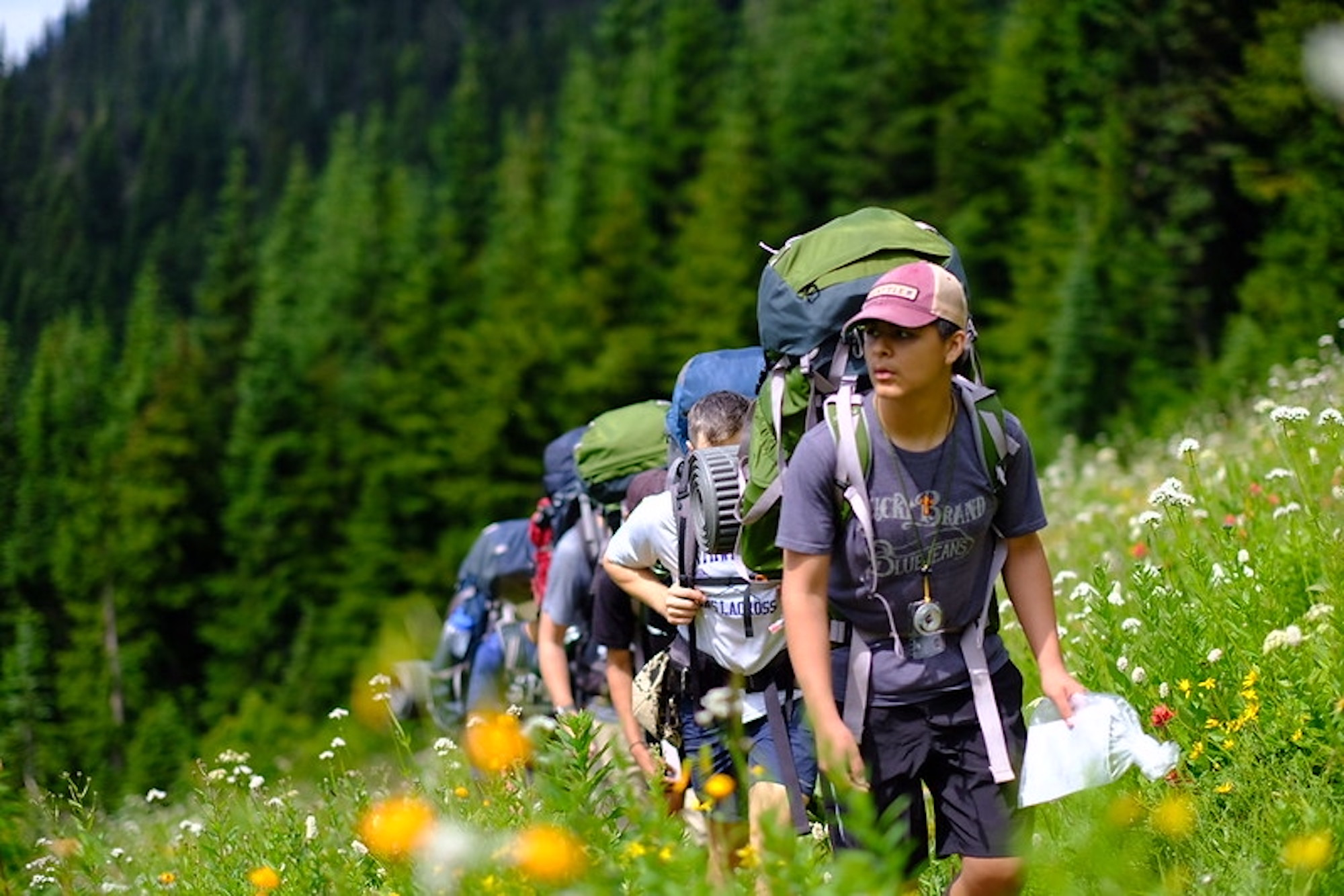 Big City Mountaineers program hiking