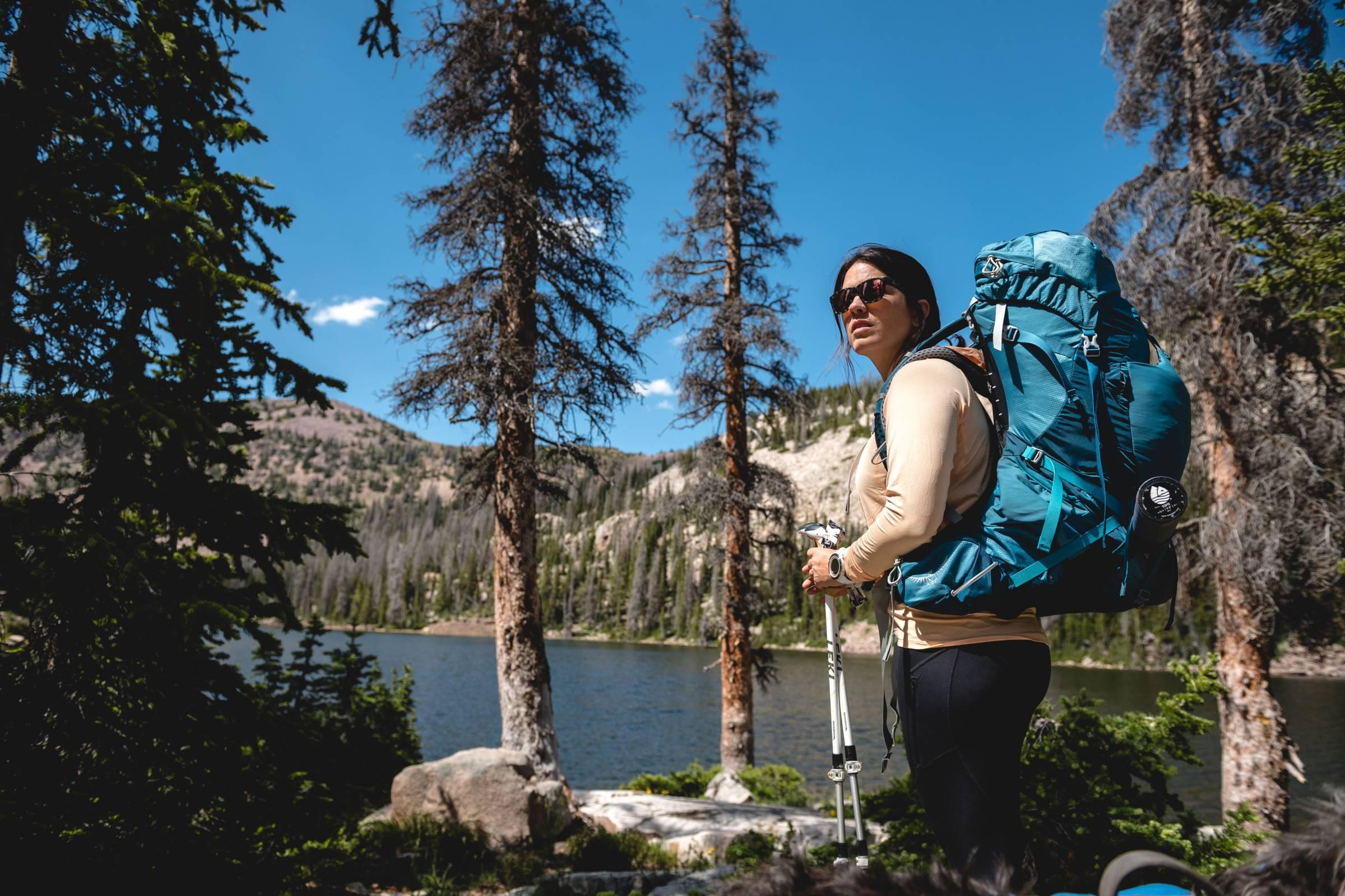 backcountry-lifestyle-hiking-woman