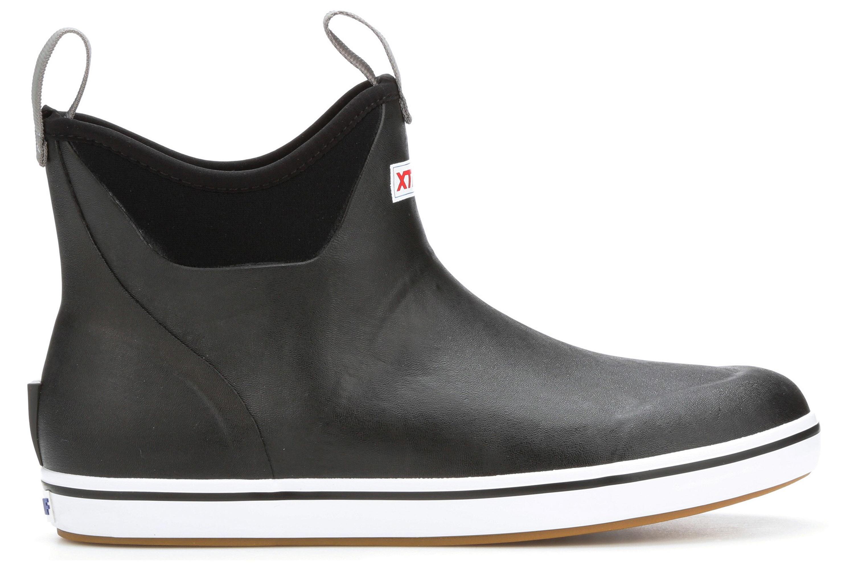 GearJunkie_Best_winter_boots_2021_Rain_Xtratuf_6_ankle_boot