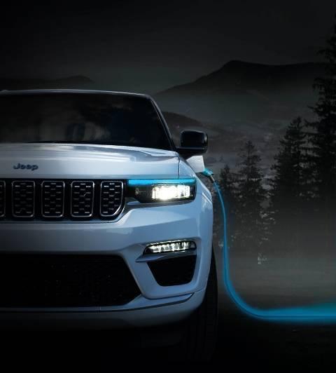 2022 Jeep® Grand Cherokee 4xe -- Zero Emission, 100% Freedom