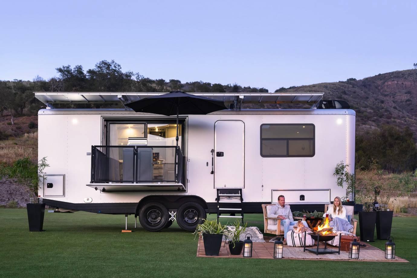 Living luxury trailer