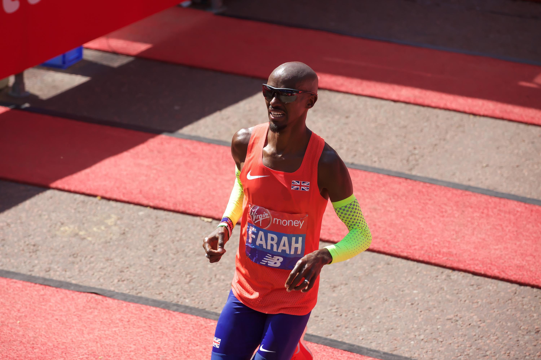 Mo Farah running in the 2018 London Marathon near the finish line