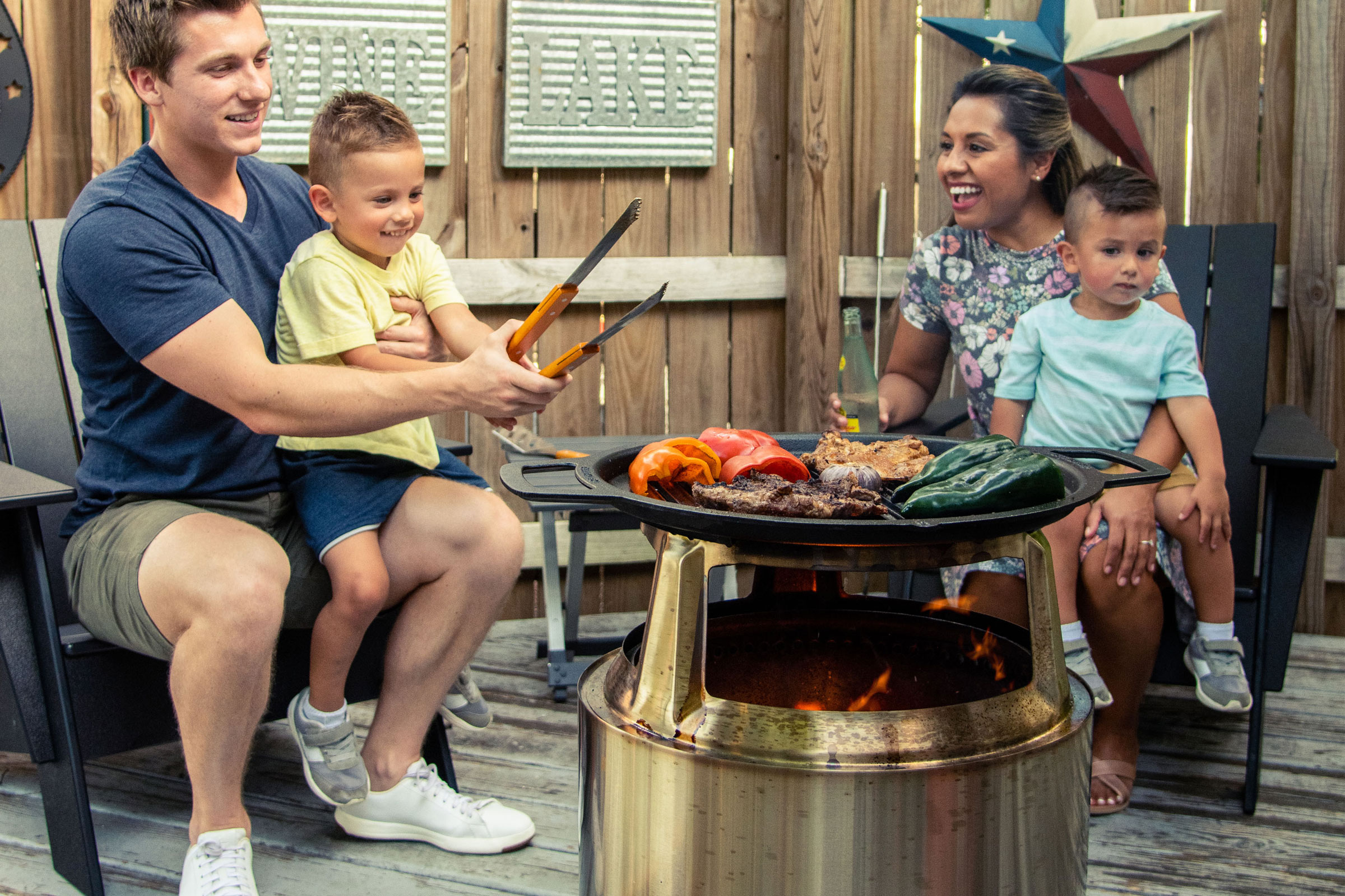 solo's fire pit cooking system