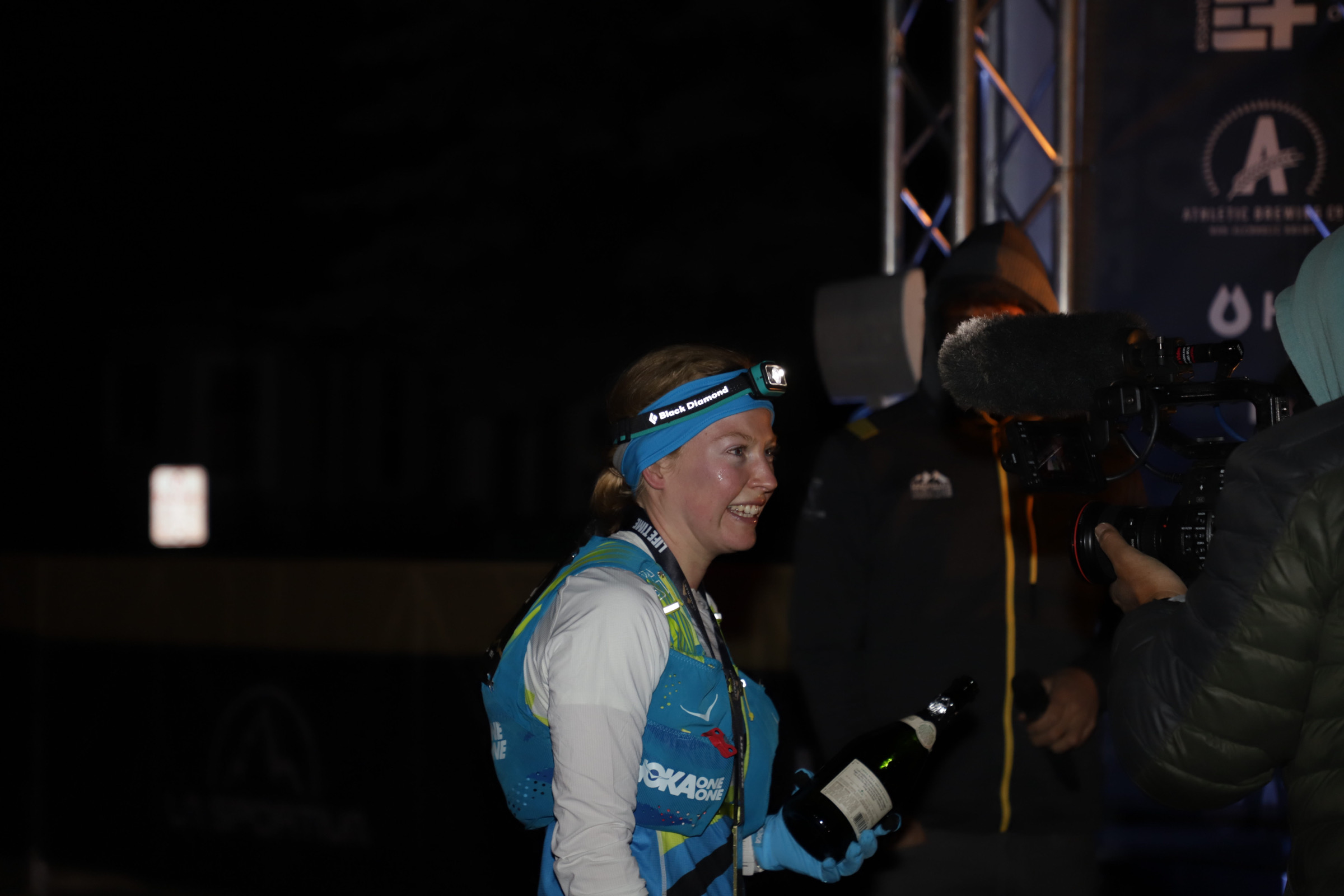 annie hughes celebrating her victory at the leadville trail 100