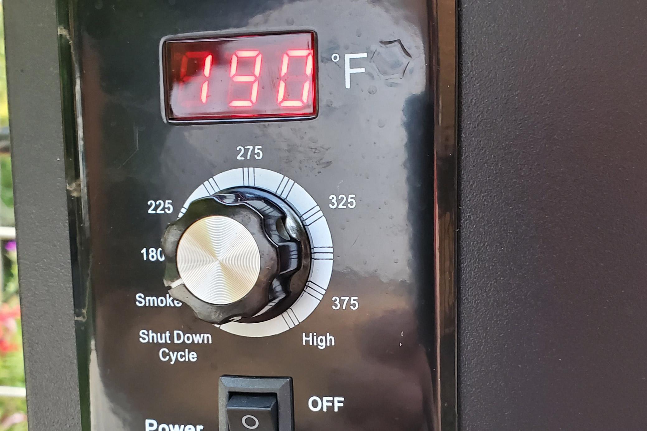 z grills flame elite 600d3e - temperature control