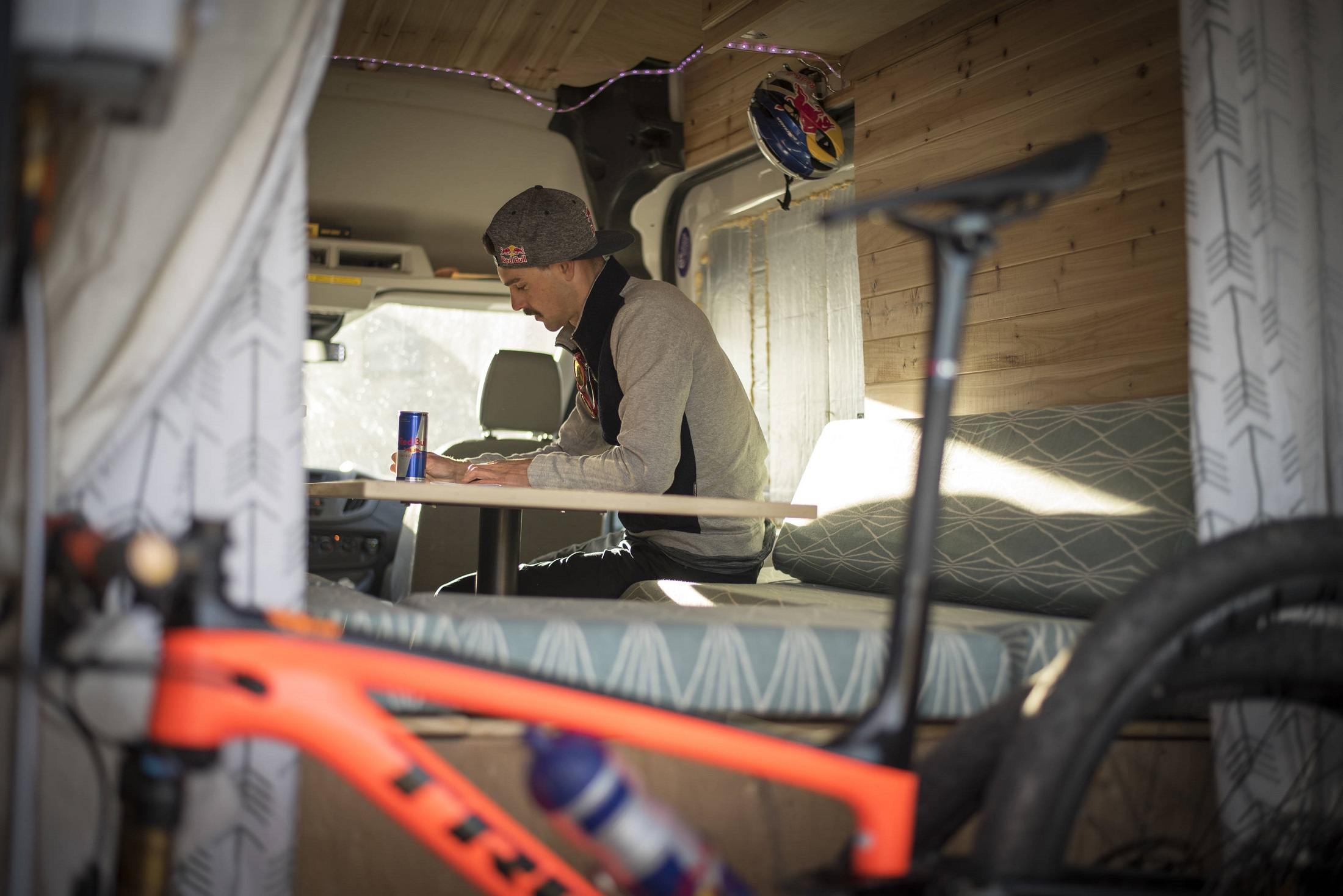 Iceland FKT: McElveen prepares for a training ride in Durango, CO, (photo/Monika B. Leopold, Red Bull Content Pool)