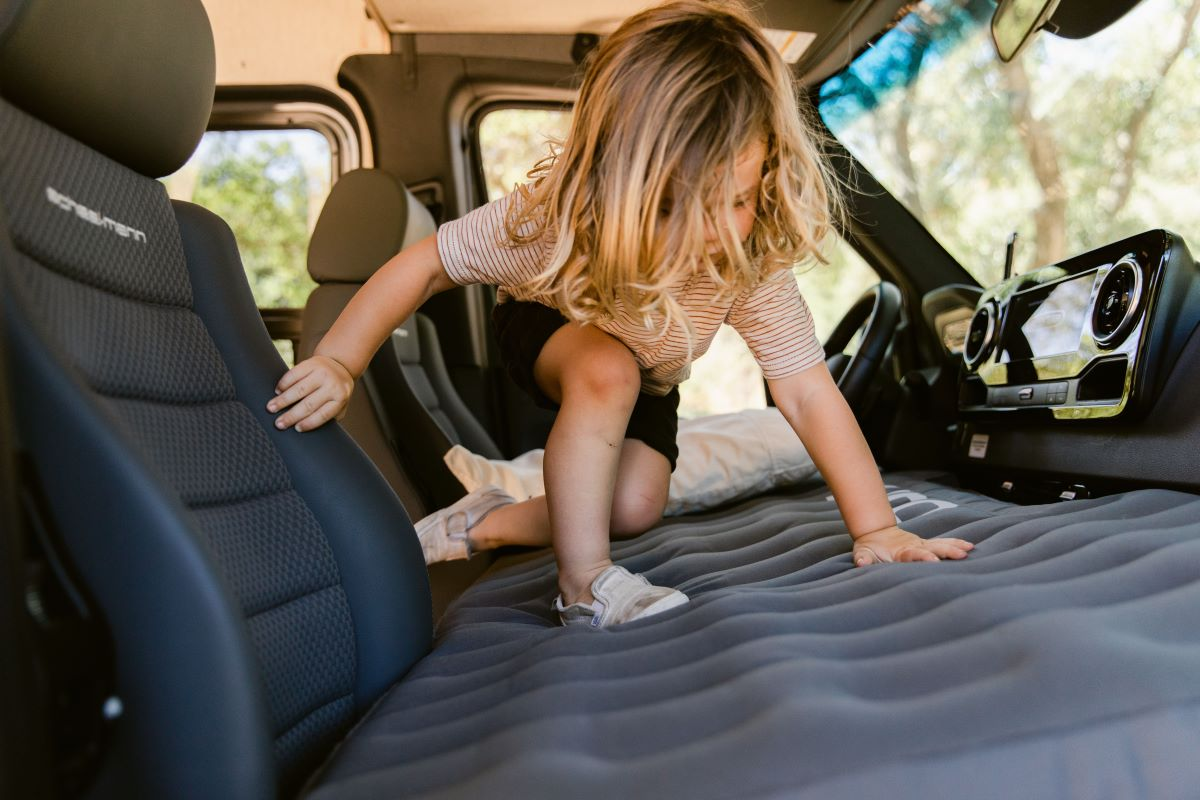 luno front cab air mattress