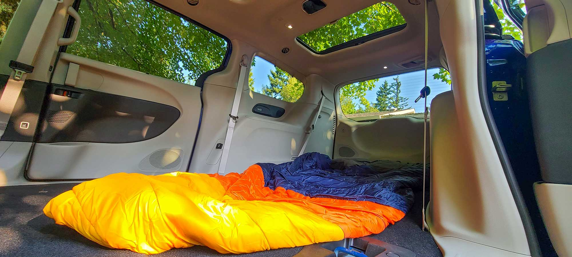 chrysler pacifica - camping